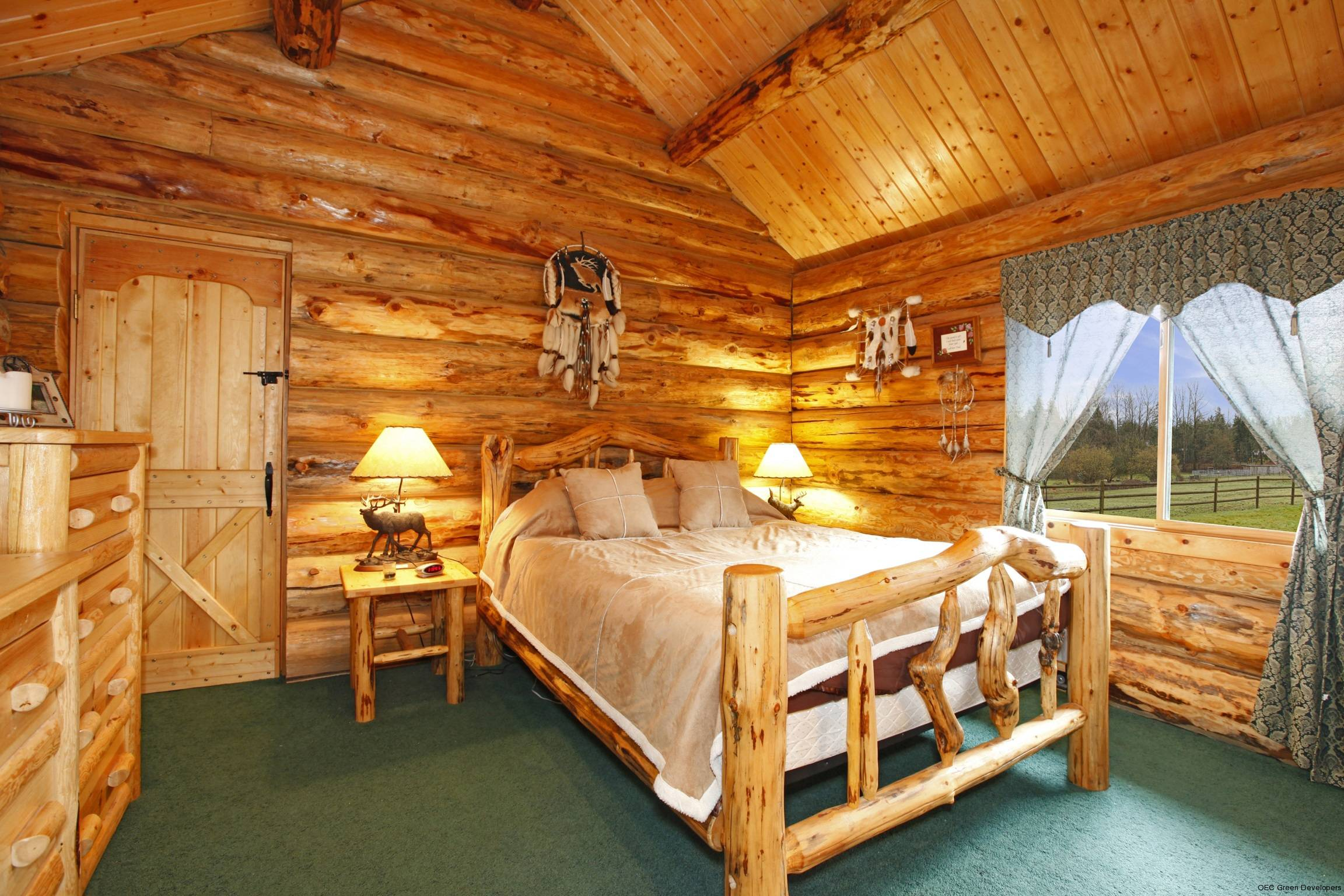 Traditional vs modern cabin interiors american expedition for Modern log home interiors